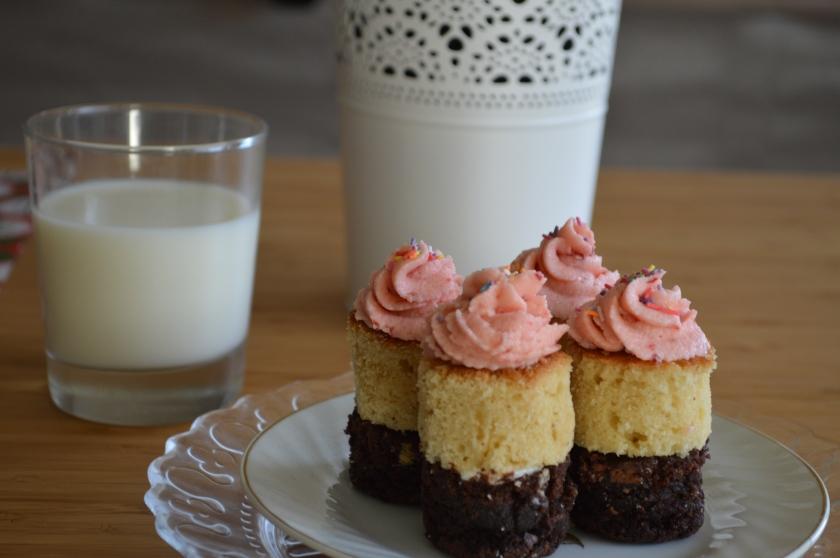 Neapolitan Cakes