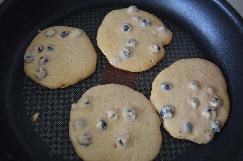 Lemon and blueberry greek yoghurt protein pancakes.12
